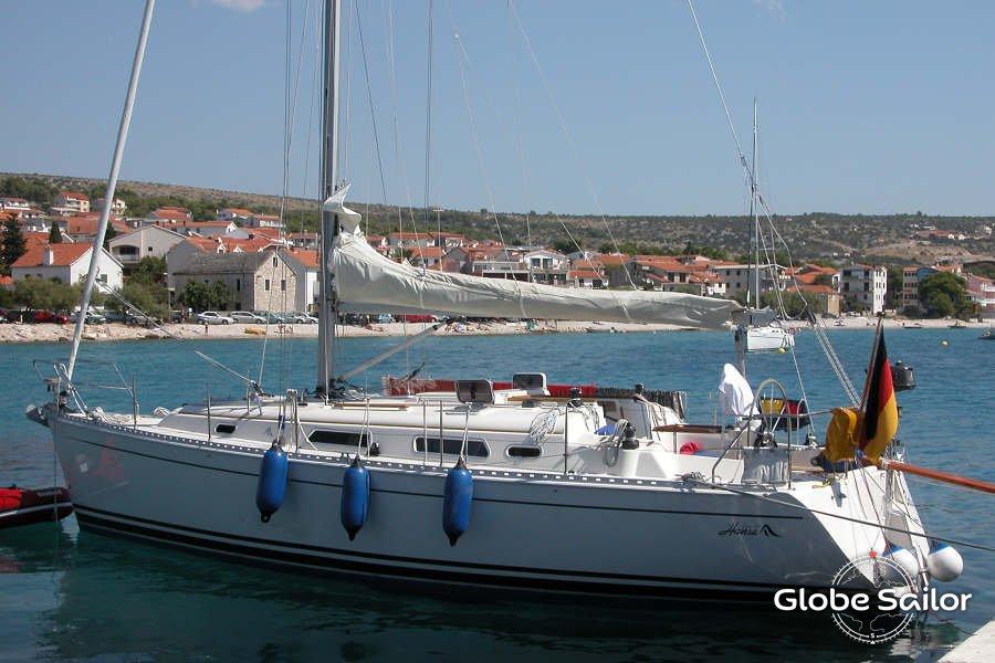 Hanse 341, boat specification Hanse 341   900 x 600 jpeg 86kB