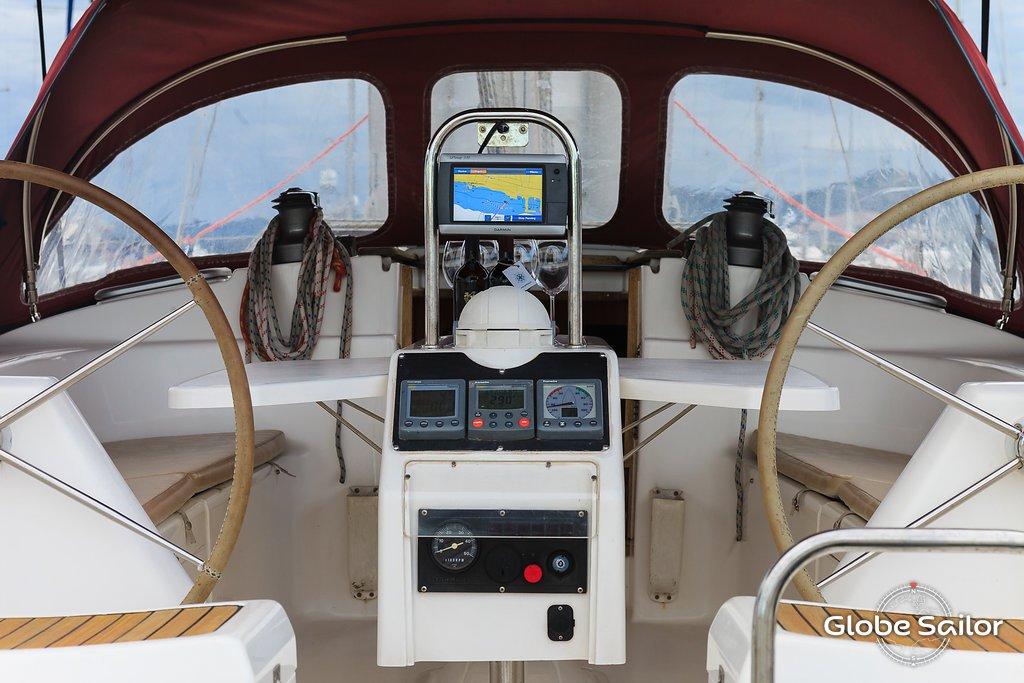 location gib sea 43 depuis le port de marina kastela en croatie n 10653 306. Black Bedroom Furniture Sets. Home Design Ideas