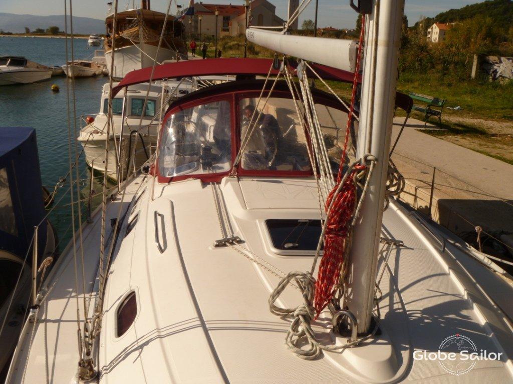 location gib sea 37 depuis le port de marina kastela en croatie n 13958 306. Black Bedroom Furniture Sets. Home Design Ideas