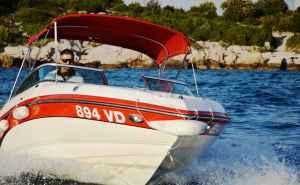 Bryant 210 Bowrider