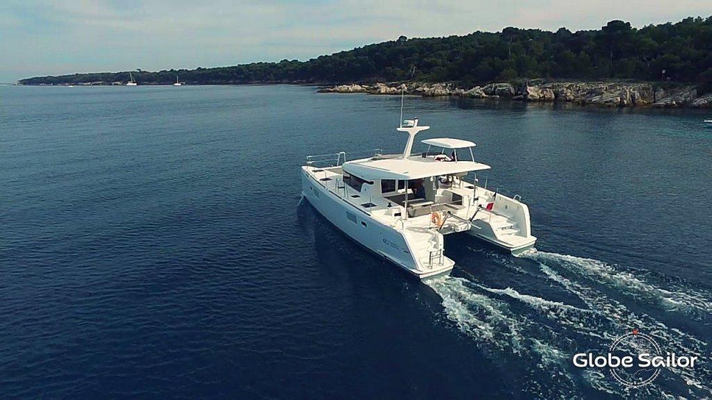 Location lagoon 40 motor yacht depuis le port de port grimaud en france n 20334 373 - Location bateau port grimaud ...
