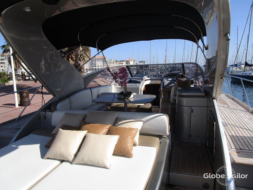 location princess 50 depuis le port de saint rapha l en france n 22916 368. Black Bedroom Furniture Sets. Home Design Ideas