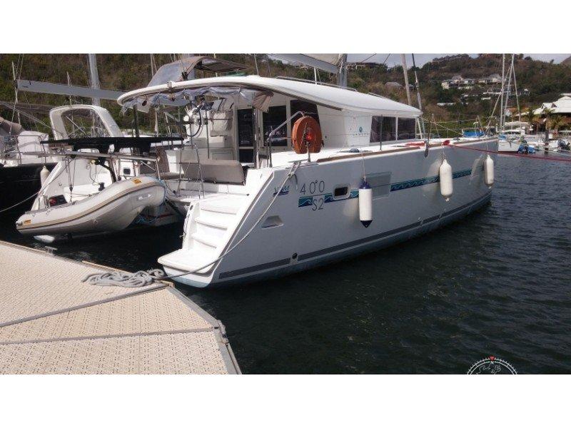 location lagoon 400 s2 depuis le port de le marin en martinique n 23672 673. Black Bedroom Furniture Sets. Home Design Ideas