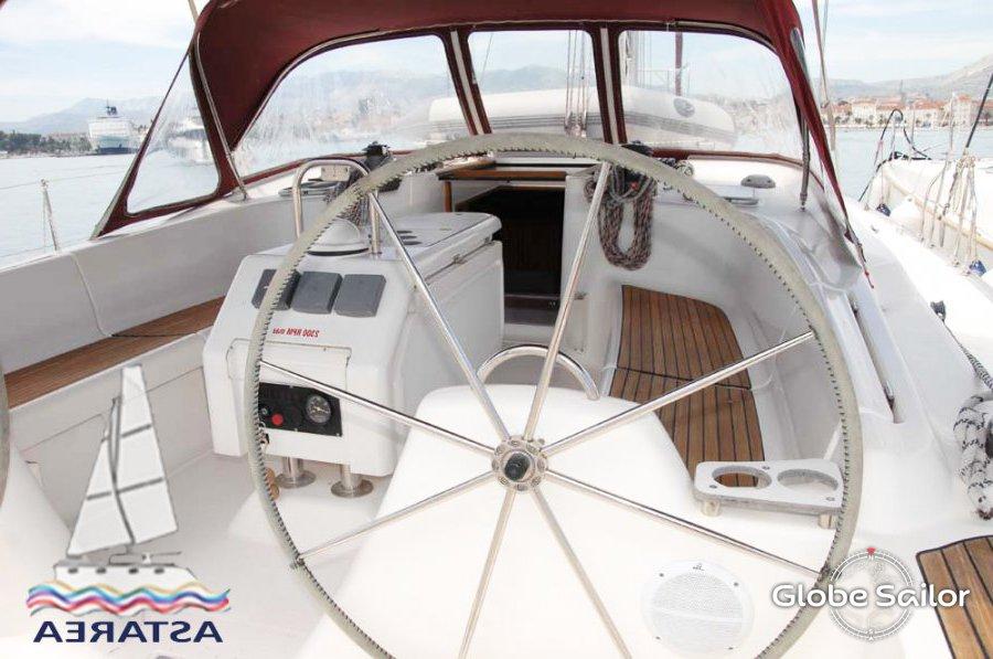 location gib sea 51 depuis le port de aci marina split en croatie n 2659 307. Black Bedroom Furniture Sets. Home Design Ideas