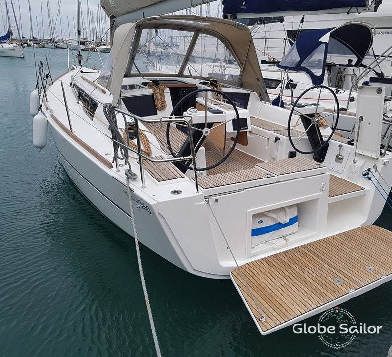 Rental Dufour 360 Grand Large from the charter base Cagliari