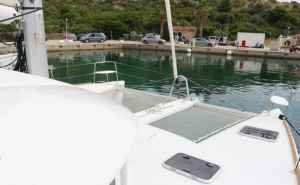 Lagoon 380