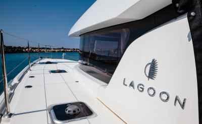 Lagoon 42